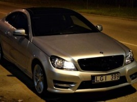 Mercedes-Benz C350 kupė