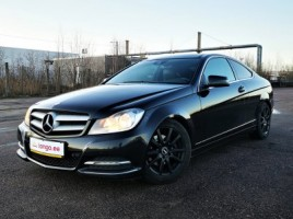 Mercedes-Benz C220 coupe