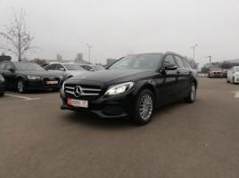 Mercedes-Benz C200 universalas