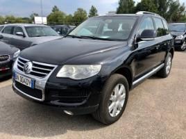 Volkswagen Touareg universalas