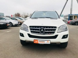Mercedes-Benz ML350 | 1