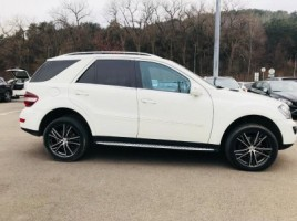 Mercedes-Benz ML350 | 3
