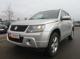 Suzuki Grand Vitara visureigis