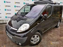 Opel Vivaro commercial