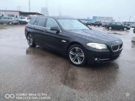 BMW 520 universalas