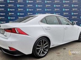 Lexus IS 300h | 1