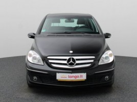 Mercedes-Benz B200 | 2