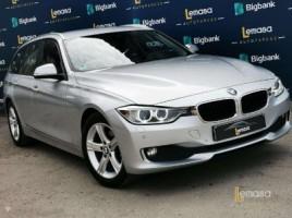 BMW 320 universalas