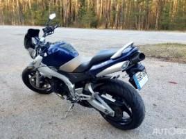 Suzuki GSR, Street bike | 3