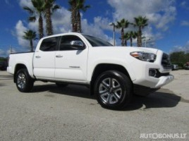 Toyota Tacoma pick-up