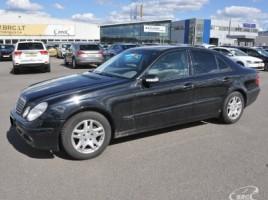 Mercedes-Benz E320