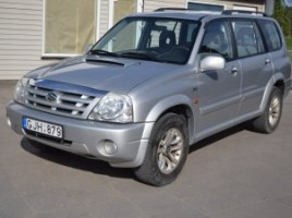Suzuki Grand Vitara visureigis