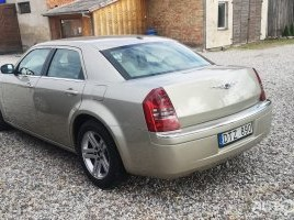 Chrysler 300 C, 3.5 l., saloon | 0