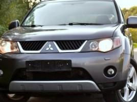 Mitsubishi Outlander visureigis