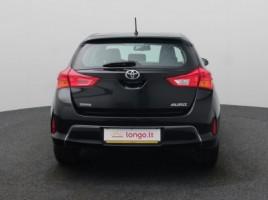 Toyota Auris | 4