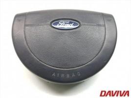 Ford hečbekas