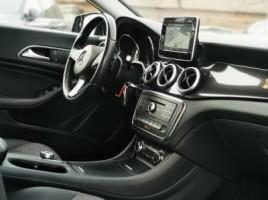 Mercedes-Benz CLA200 | 1