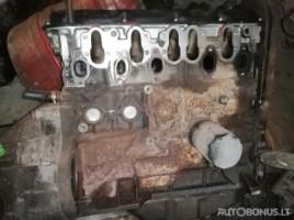 Audi 100, Sedanas | 0