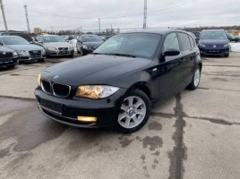 BMW 120 hatchback