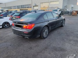 BMW 750, 4.4 l., Седан | 2