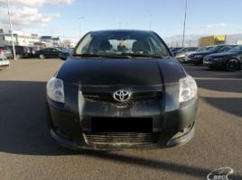 Toyota Auris, 1.6 l., Хэтчбек   3