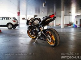Triumph Daytona, Super bike | 1