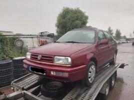 Volkswagen, Седан   1