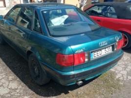 Audi B4 sedanas