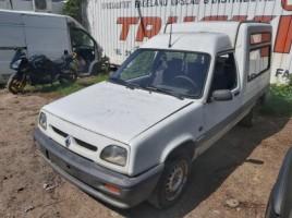 Renault 4, Komercinis   3