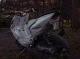 Yamaha Aerox, Mopedas/Motoroleris | 1