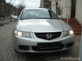 Honda Accord saloon